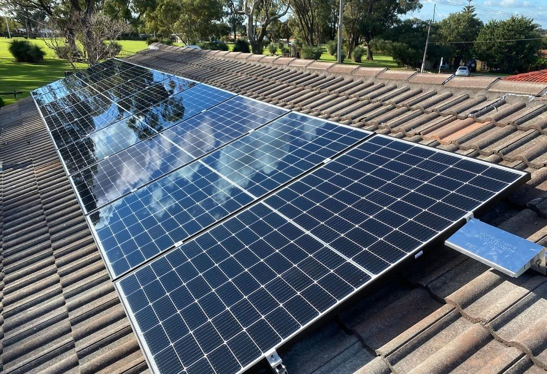 This system in City Beach is a little beauty. It included a Fronius Primo Inverter and Ulica Solar Panels.